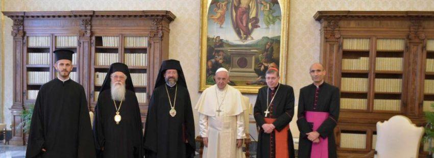 El papa Francisco en una audiencia con el Patriarcado Ecuménico de Constantinopla