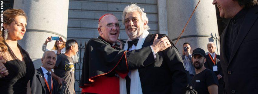 Plácido Domingo con el cardenal arzobispo de Madrid, Carlos Osoro