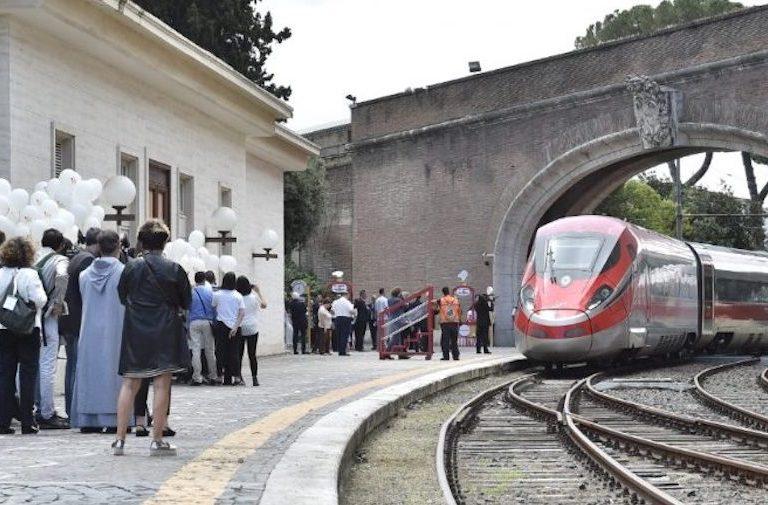 tren del papa