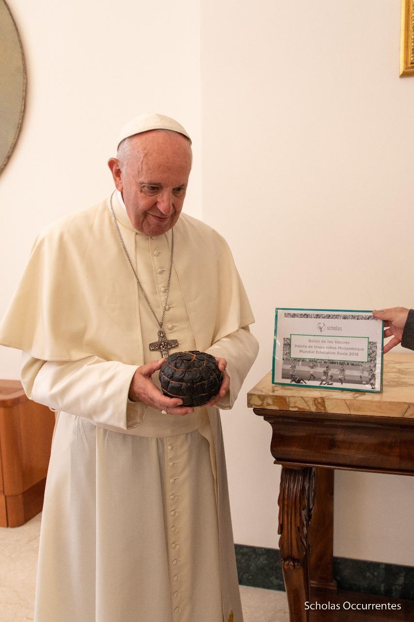 El papa Francisco, Scholas Occurrentes