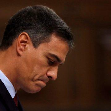 El candidato socialista a la Presidencia del Gobierno, Pedro Sánchez, durante su intervención en la primera jornada del debate de investidura /EFE