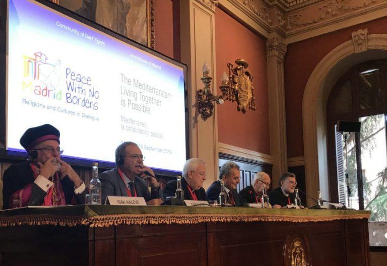Mesa sobre el Mediterráneo en el Encuentro por La Paz
