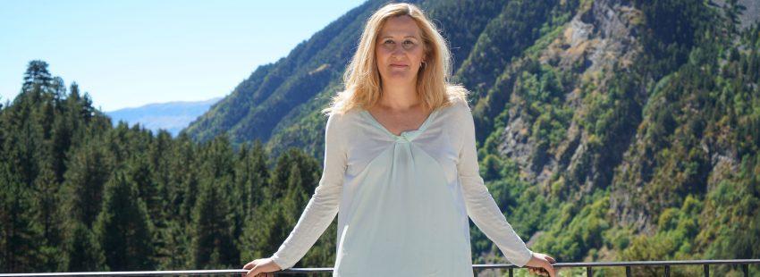 Luz Gabás, periodista y escritora