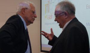 El ministro Borrell con el politólogo Olivier Roy