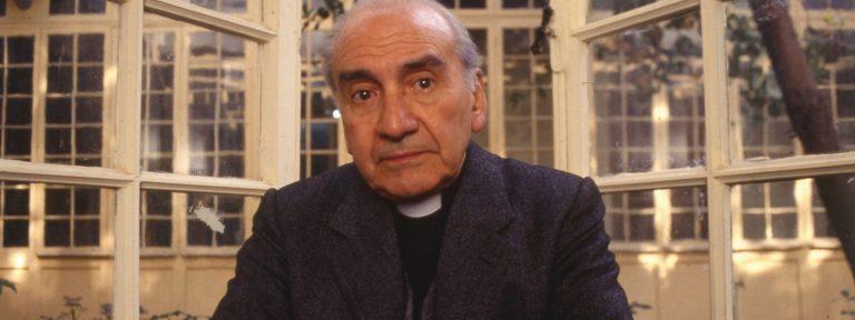 Renato Poblete, sacerdote jesuita Chile