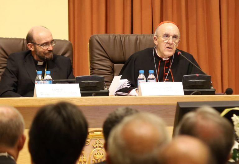 El cardenal arzobispo de Madrid, Carlos Osoro, en la apertura del curso en la Universidad Eclesiástica San Dámaso