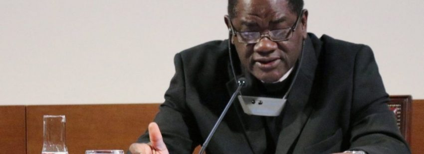 arzobispo de Yaundé en Camerún, Jean Mbarga