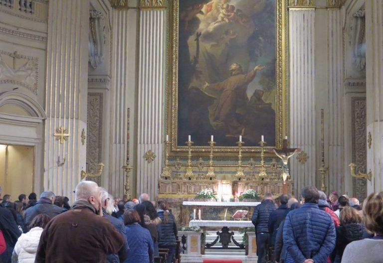 El Padre Ángel inaugura su parroquia 24 horas en Roma