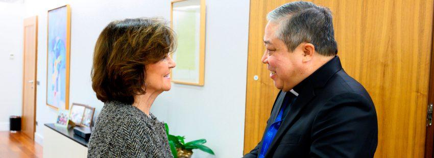 La vicepresidenta del Gobierno, Carmen Calvo, se reúne con el nuncio apostólico en España, Bernardito Auza