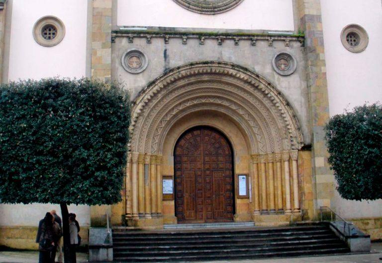 Parroquia en La Felguera, Langreo, Asturias