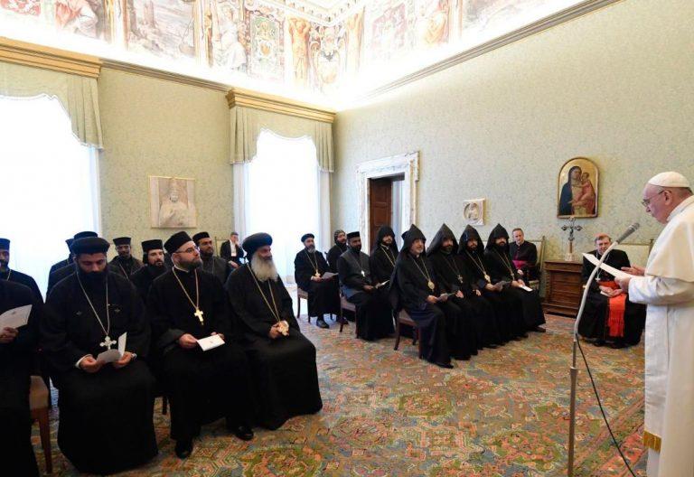 Audiencia del papa Francisco con jóvenes sacerdotes y monjes de las Iglesias ortodoxas orientales