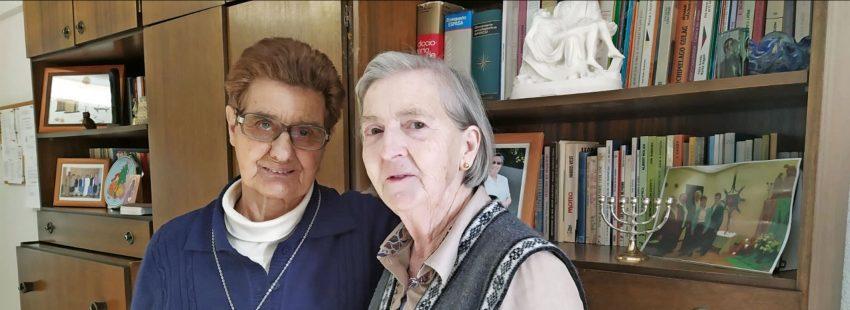 Merche Calle y Carolina Martínez, religiosas de la Sagrada Familia de Burdeos