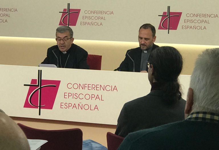 Luis Argüello, secretario general de la Conferencia Episcopal Española, en rueda de prensa