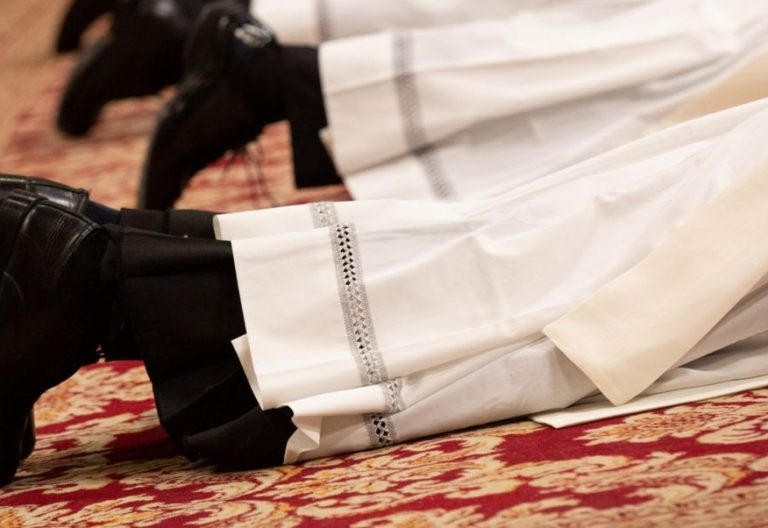 Ordenación de sacerdotes en el Vaticano