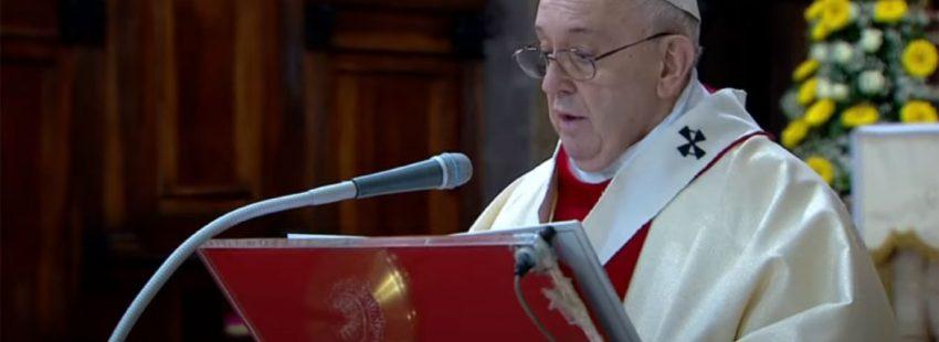 francisco-misa-domingo-misericordia-iglesia-espiritu-santo-roma