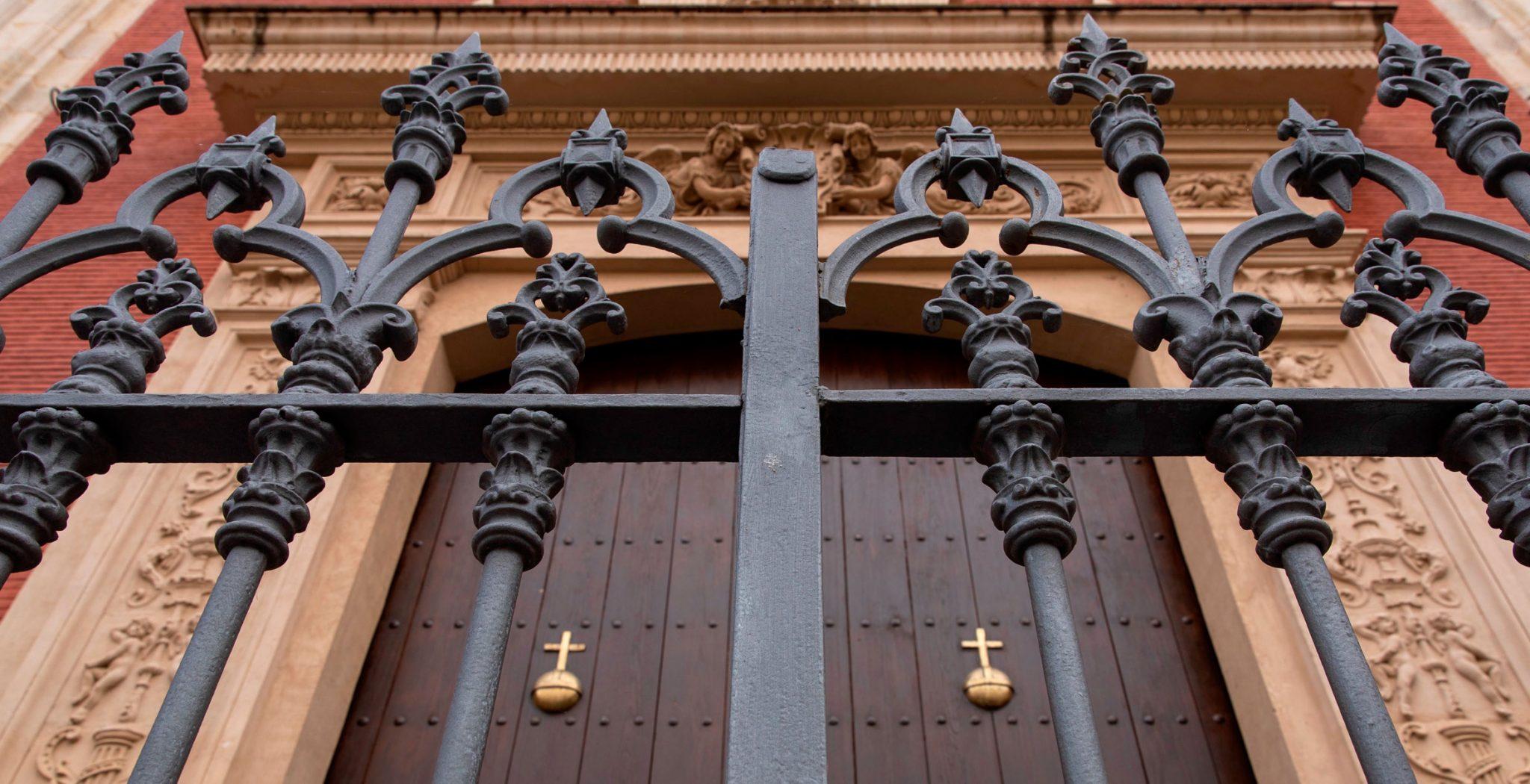 Iglesia Cerrada por coronavirus