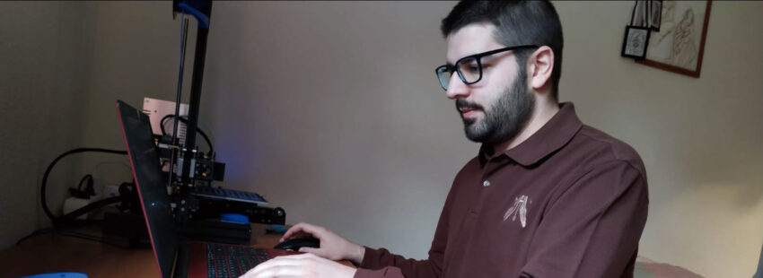 Daniel Lomas ha creado 'salvaorejas'