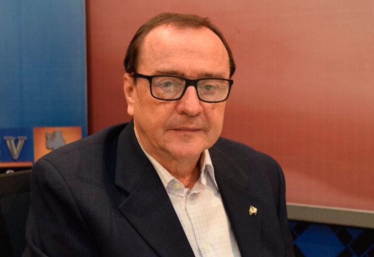 Jesuita, rector de la Universidad Centroamericana José Simeón Cañas (UCA) de El Salvador