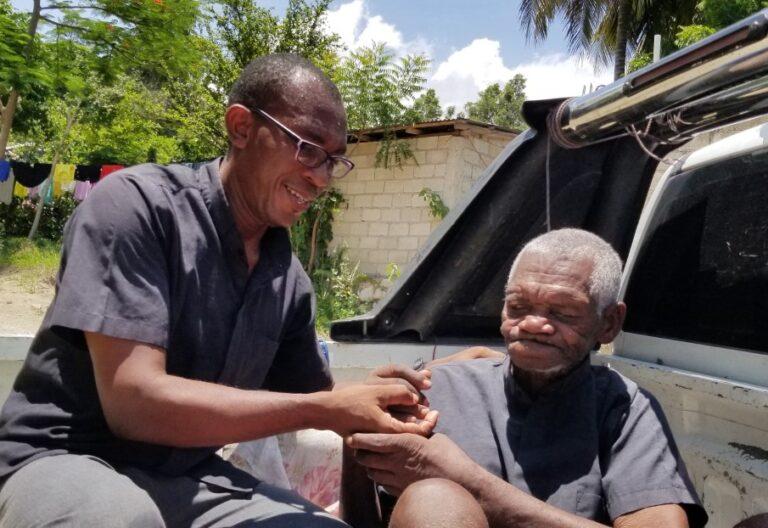 Vivil y Fredy Elie, Haití