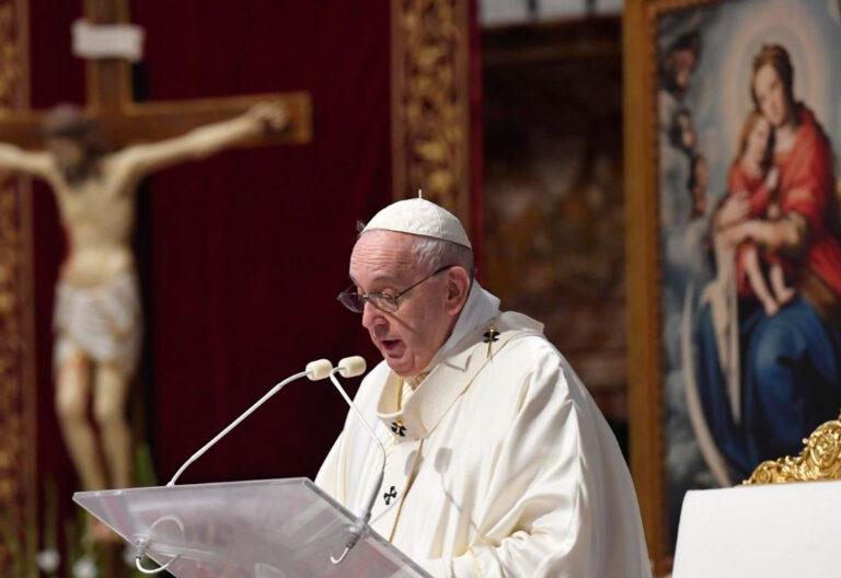 El papa Francisco en la misa del Corpus Christi 2020