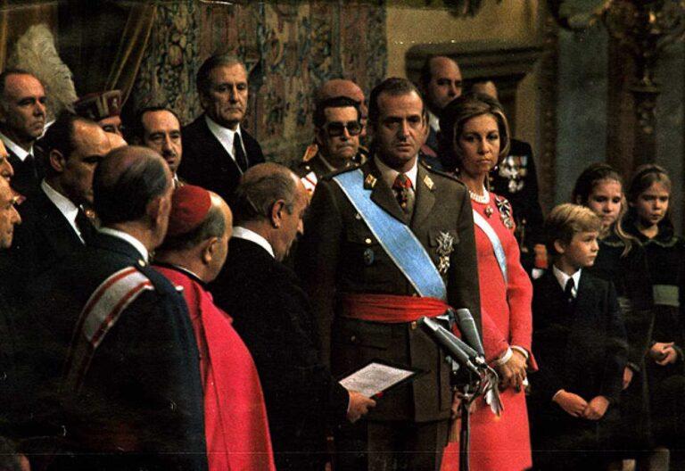 Rey Juan Carlos I y cardenal Tarancón