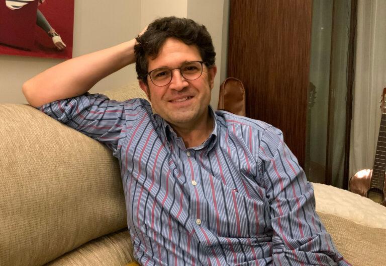 El profesor Raúl Molina Garrido