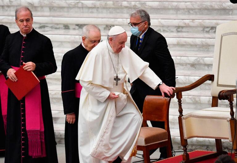 El papa Francisco, en la audiencia general en el aula Pablo VI