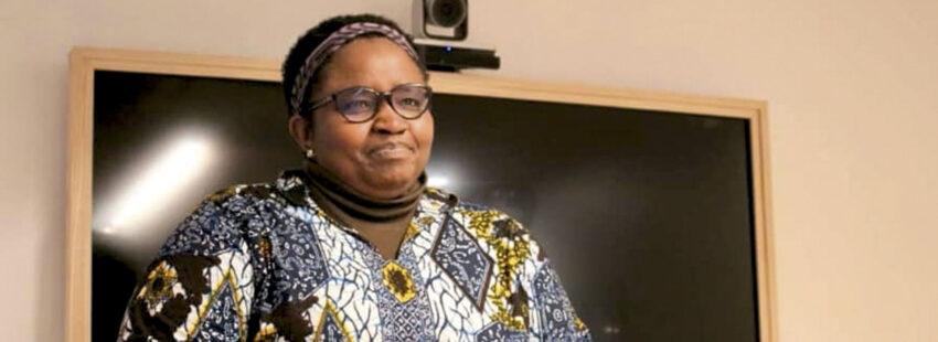 una activista congoleña perseguida