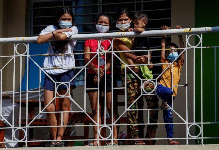 Niños en Manila