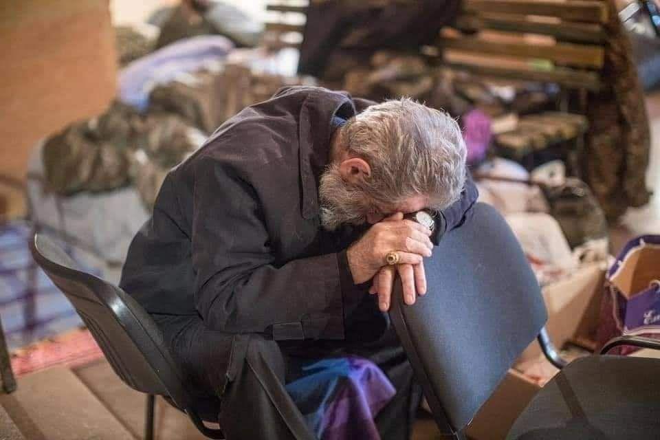 Obispo Martirosián, Armenia