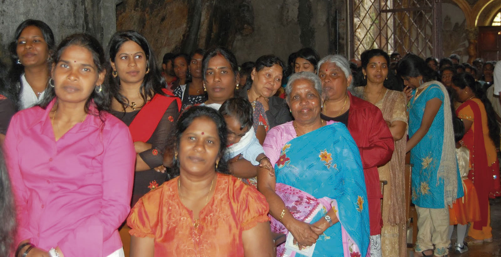 Mujeres tamil en el santuario de Monte Pellegrino en Palermo