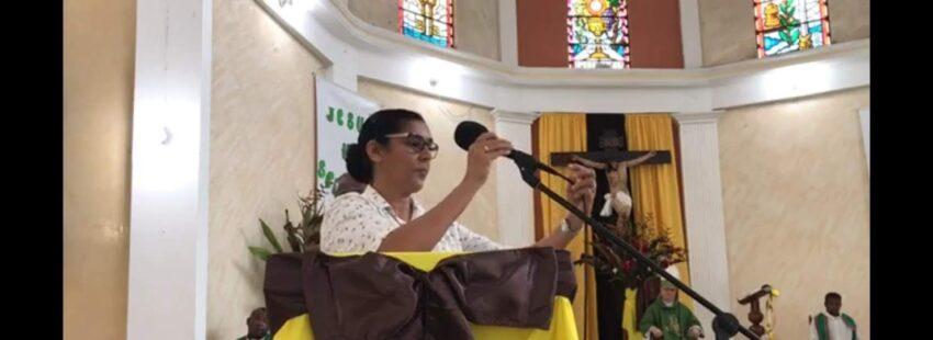 Shobha Dsouza, misionera, lectora de la Palabra