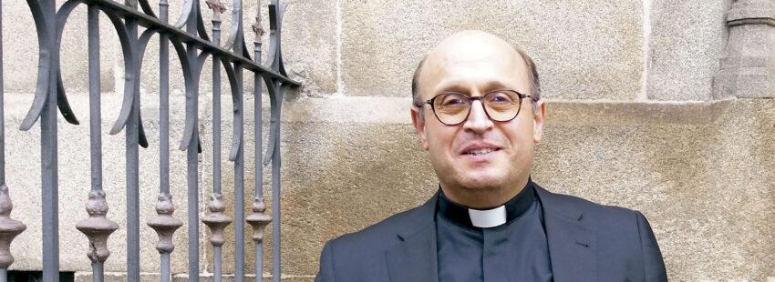 obispo auxiliar de Santiago de Compostela