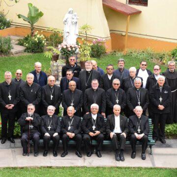 Los Obispos del Perú