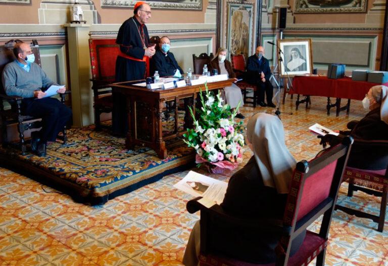 El cardenal Omella proceso canonización fundadora Hermanas Franciscanas de los Sagrados Corazones