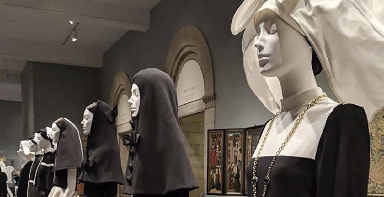 moda en la vida religiosa