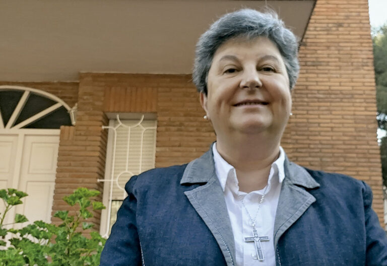 miembro ordinario de la Pontificia Academia