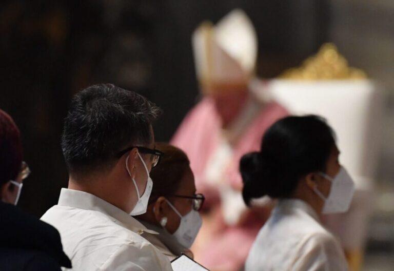 El Papa Francisco, en una misa en la basílica de San Pedro