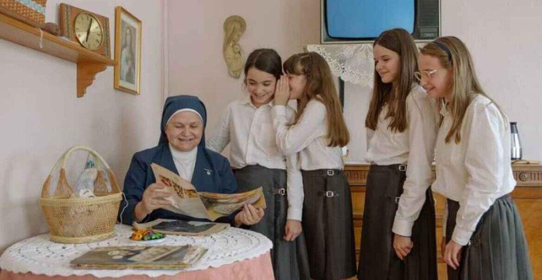 Fotograma de la película Las Niñas