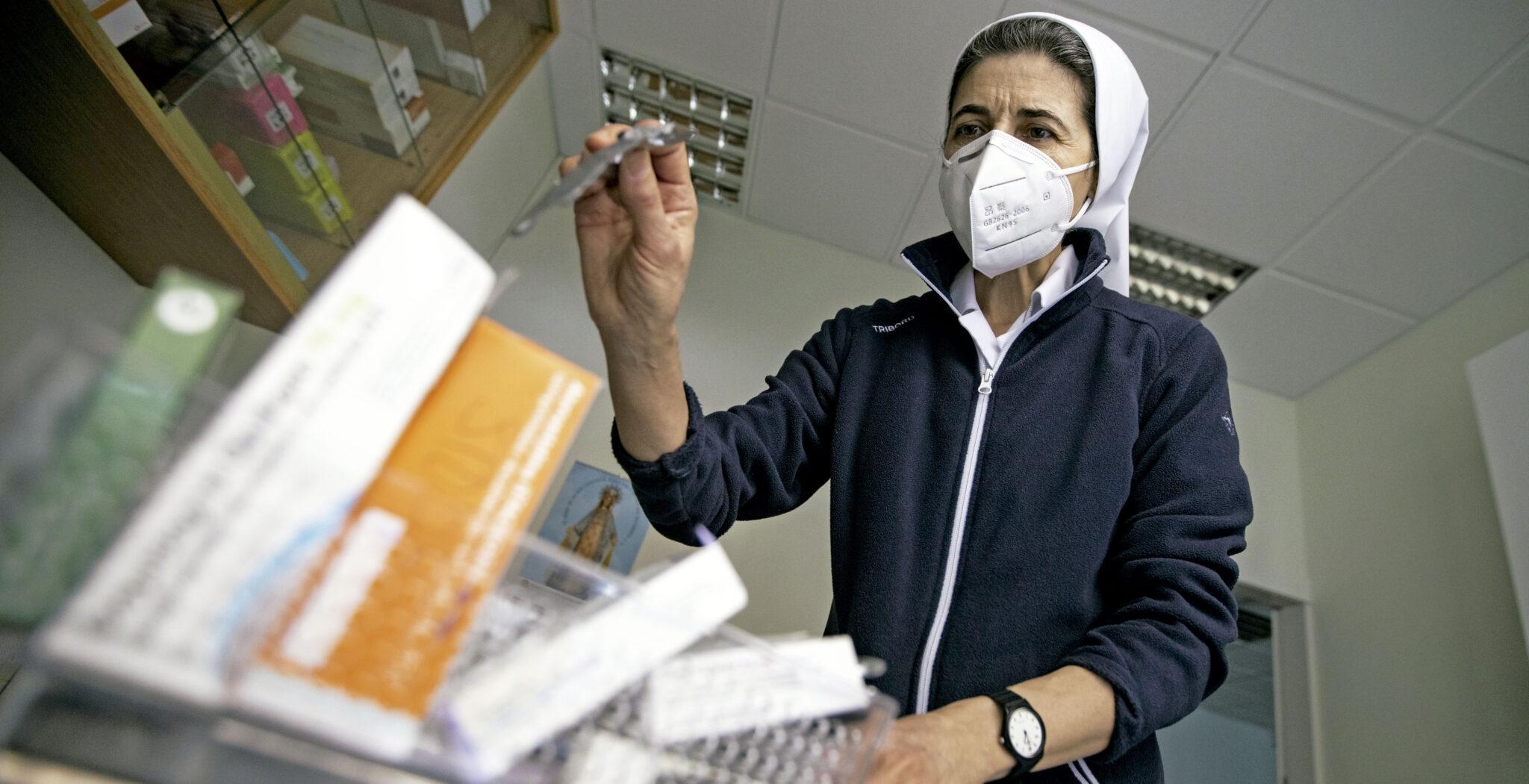 Sor Vicenta González es enfermera en el Centro Abierto Municipal para Personas Sin Hogar 'Catalina Labouré