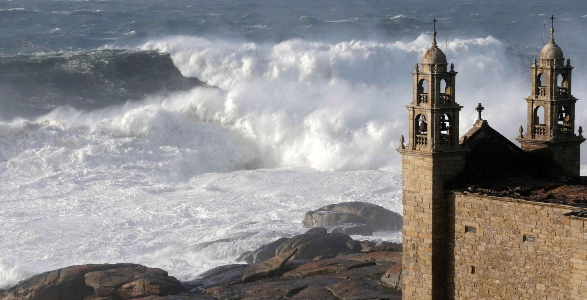 Iglesia junto al mar