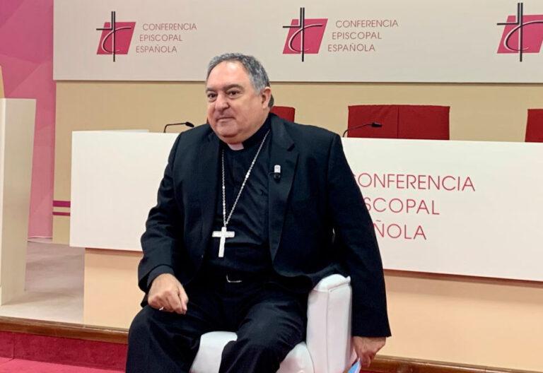 José Mazuelos, obispo de Canarias
