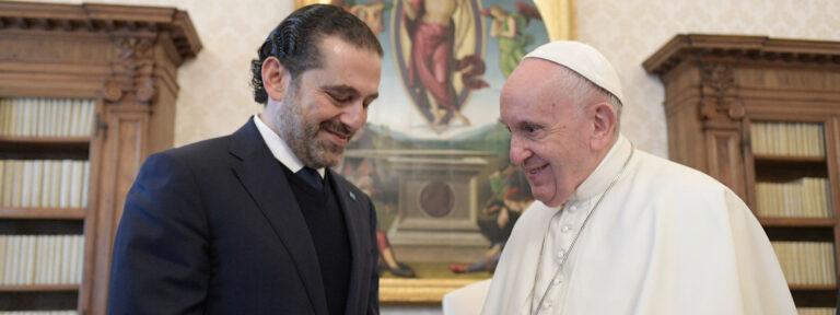 El papa Francisco, junto a Saad Hariri, primer ministro del Líbano