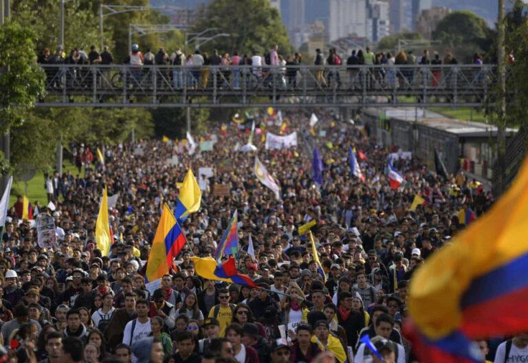 Siguen las movilizaciones contra Iván Duque en Colombia