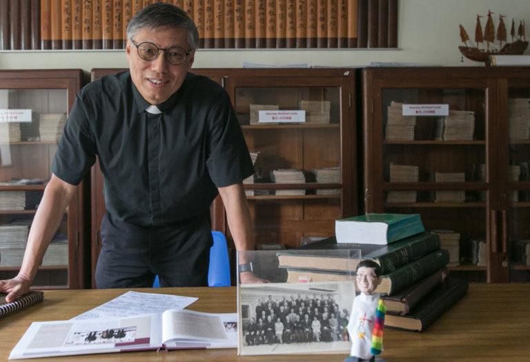 Stephen Chow Sau-yan, obispo Hong Kong