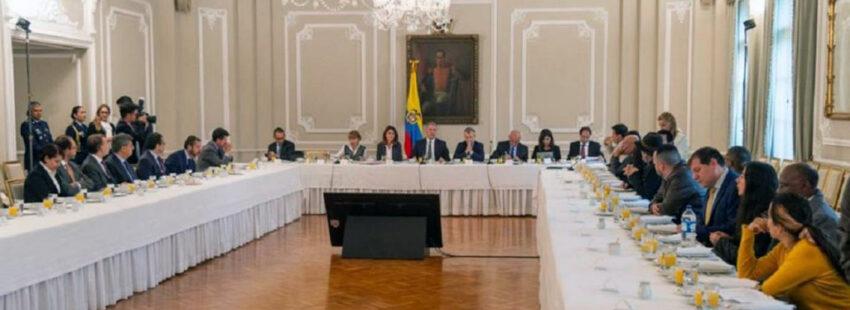 Diálogos entre el Gobierno y los promotores del paro