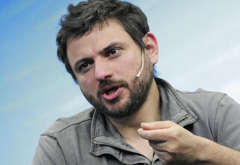 Juan Grabois, dirigente de los movimientos populares con Francisco