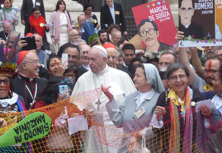 El Papa en sínodo amazónico