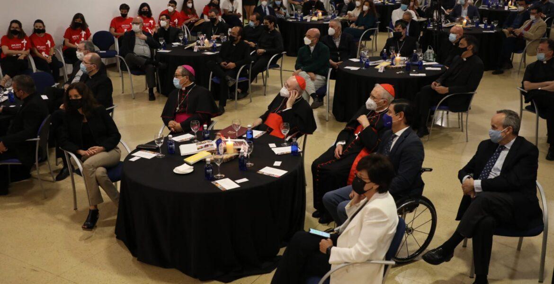 Los cardenales Osoro y Rouco, acompañados del nuncio, durante el acto conmemorativo de la JMJ
