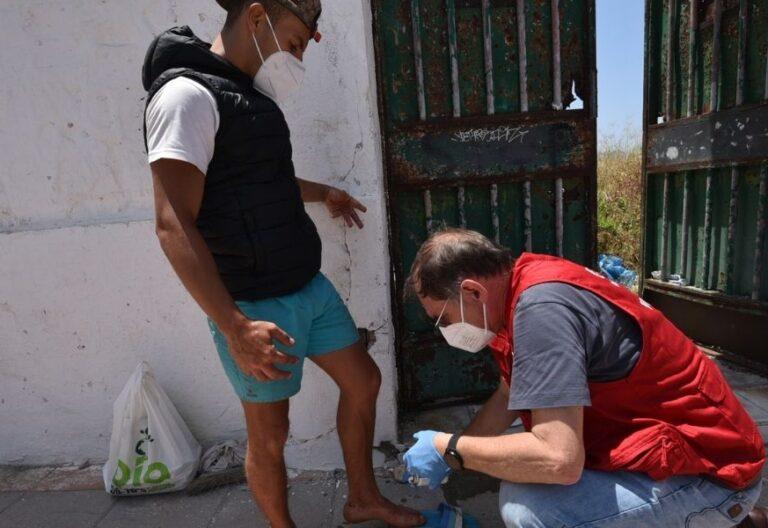 Manuel Gestal cura migrante